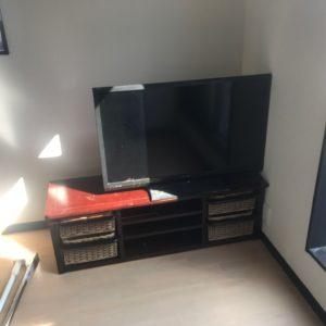 テレビ、テレビ台の不用品回収写真