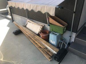木材、雑貨等の不用品回収現場