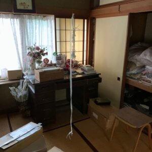 富山市遺品整理、作業前の和室の写真