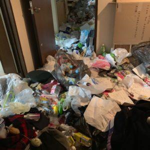 富山県上市町 ゴミ屋敷片付け前写真