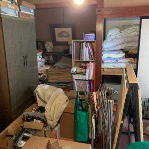 富山県富山市遺品整理物が大量にある状態のお部屋