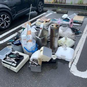 富山県富山市、店舗内の不用品回収現場写真
