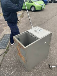 富山県金庫の不用品回収現場写真